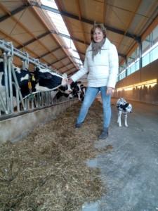 Janet bij de koeien